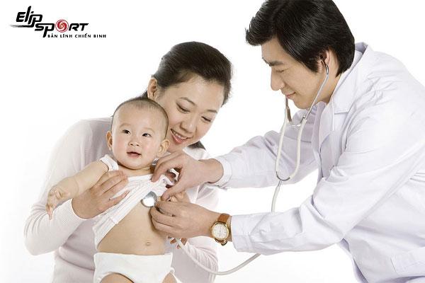 Chăm sóc trẻ bị viêm phế quản