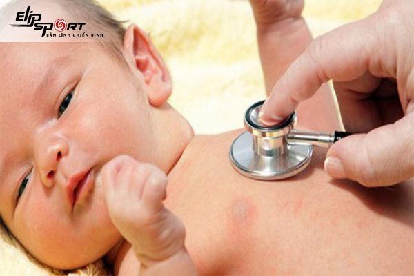 dấu hiệu trẻ bị viêm phế quản