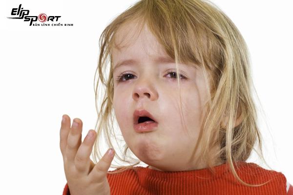 trẻ bị hen suyễn có chữa được không