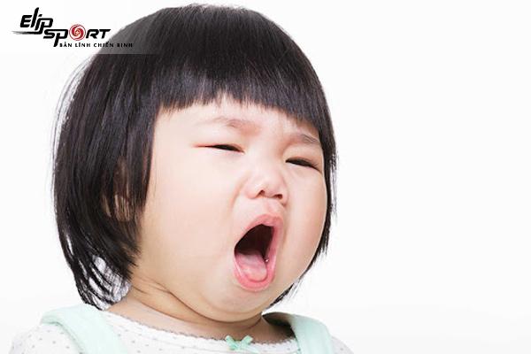 trị dứt điểm viêm phế quản cho bé