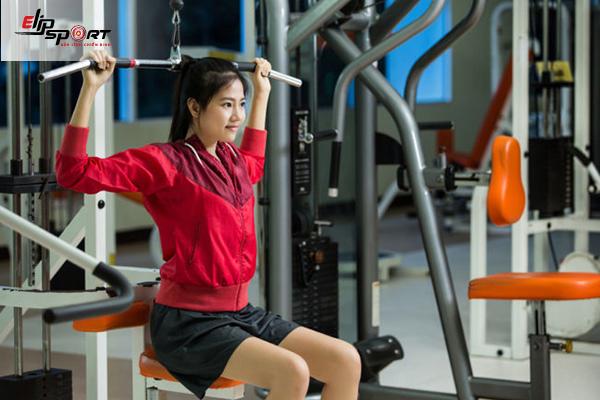 bài tập thể dục tăng cân cho nữ tại phòng gym
