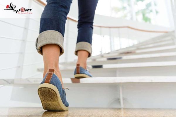 đi bộ cầu thang có tác dụng gì
