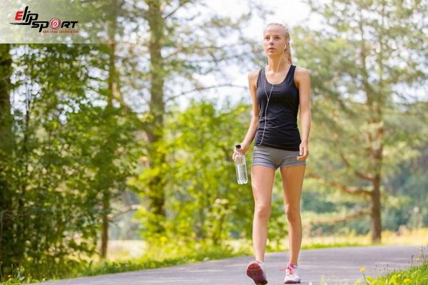 đi bộ có giúp tăng chiều cao