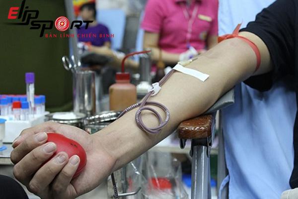 Những người không nên hiến máu