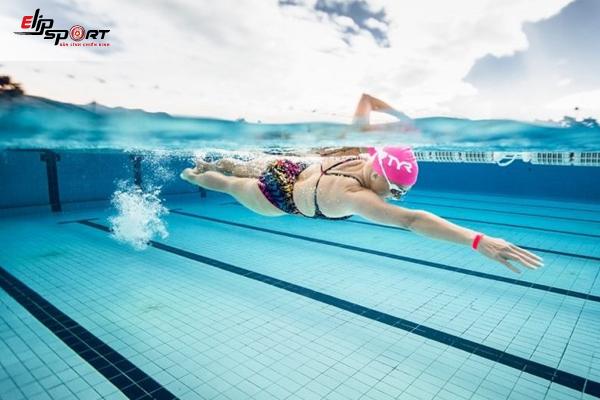 bơi là Bài Tập Tăng Chiều Cao Nữ Sau 20 Tuổi
