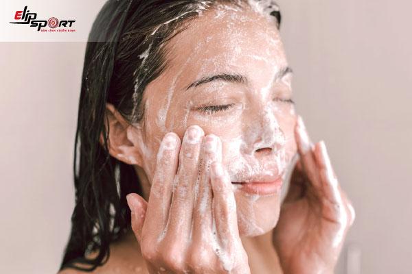cách bảo quản sữa tươi để rửa mặt