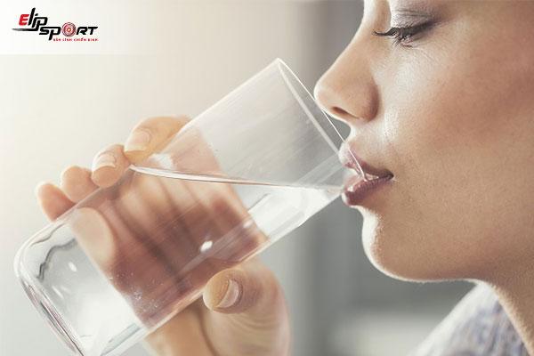 uống nhiều nước tăng cân