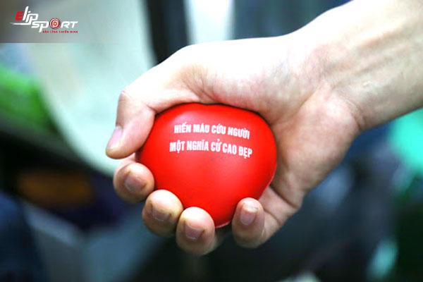 hiến máu giảm cân hay tăng cân