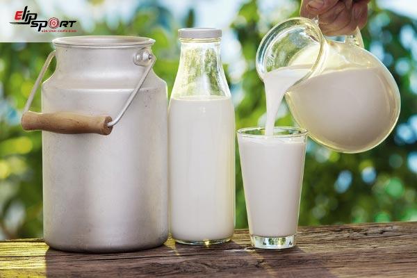 sữa tươi không đường rửa mặt