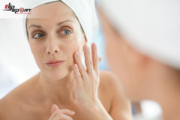sức khỏe tuổi 40 - vấn đề về da