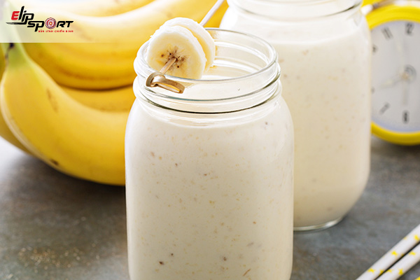 uống sữa tăng cân đúng cách