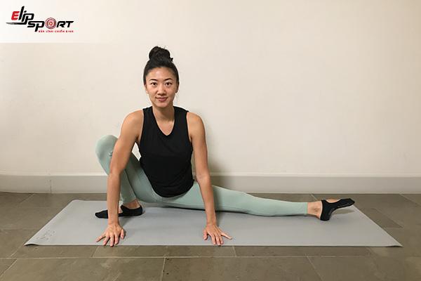 xoạc ngang yoga