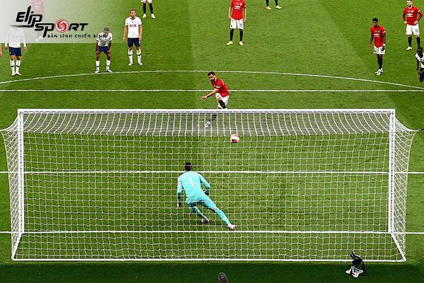 Đá penalty là gì?