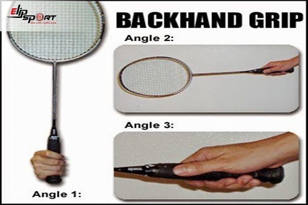 cầm vợt cầu lông