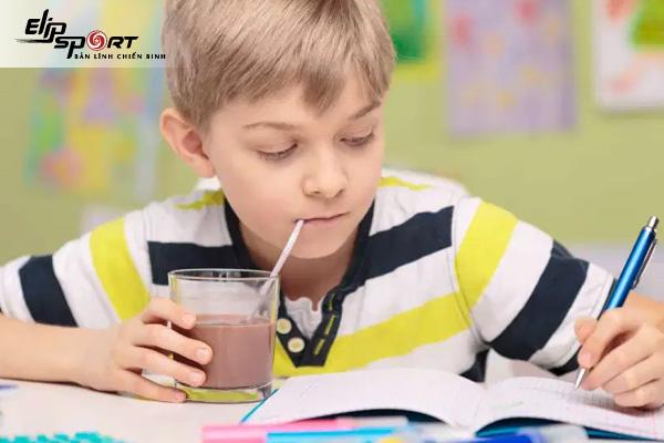 sữa milo dành cho trẻ mấy tuổi