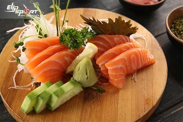 ăn cá hồi sống có tốt không
