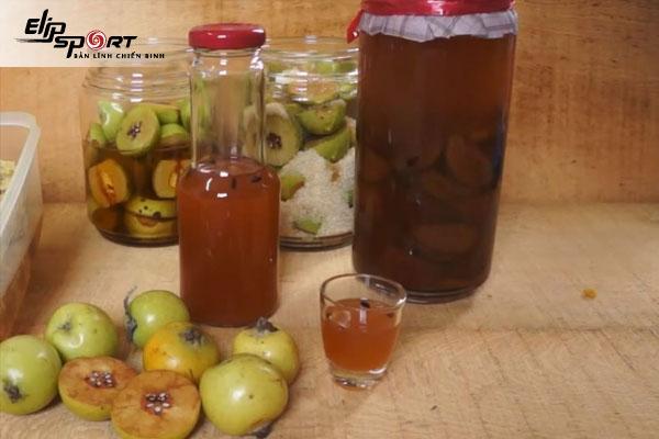 Tác dụng của rượu táo mèo, táo đỏ và hướng dẫn cách làm