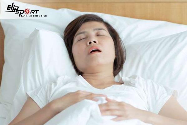 tư thế nằm ngủ đúng