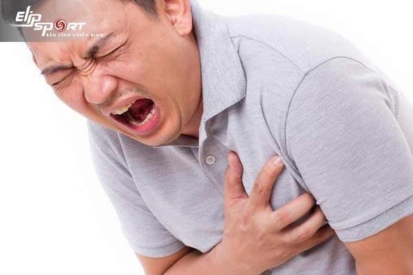 hít thở sâu bị nhói tim