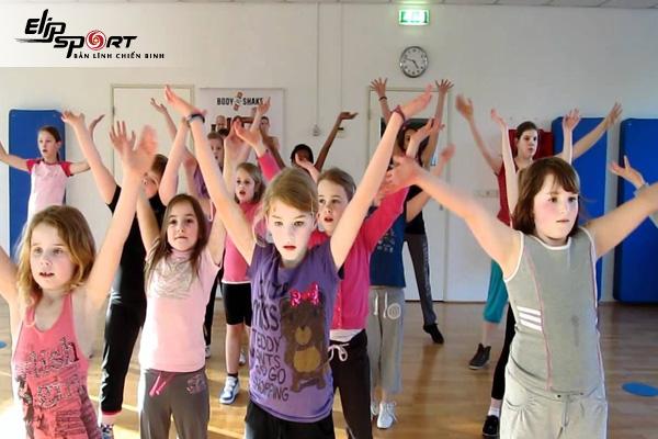 nhảy zumba cho trẻ em
