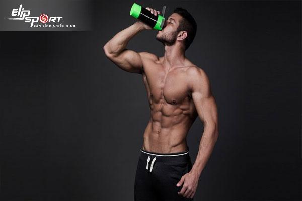 không tập gym có nên uống whey