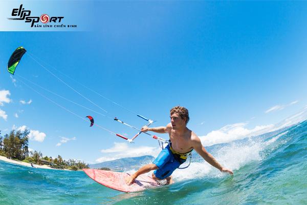 Lướt ván diều như thế nào? Lướt ván diều cần phụ kiện gì?