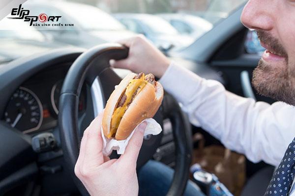 say xe có học lái xe được không