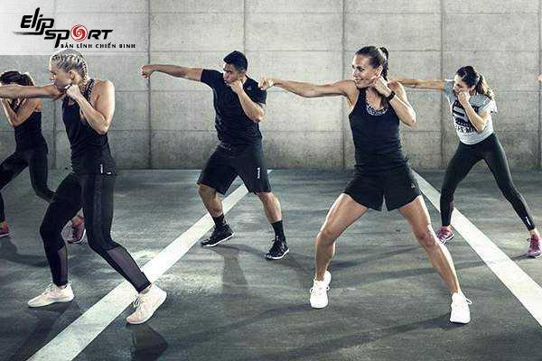 Body Combat là gì
