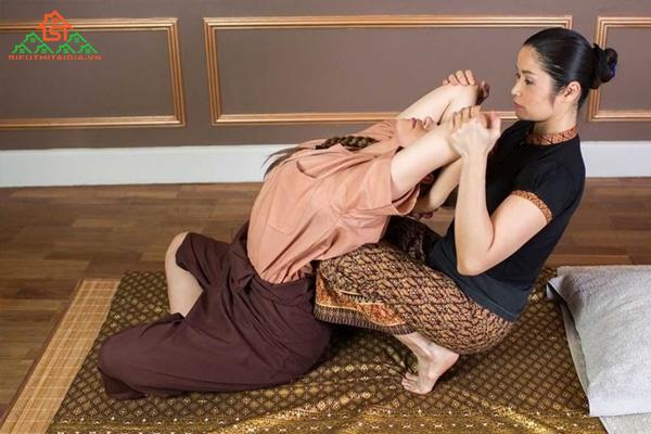 Massage kiểu Thái là gì? Quy trình massage Thái