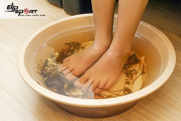 ngâm chân có tác dụng gì