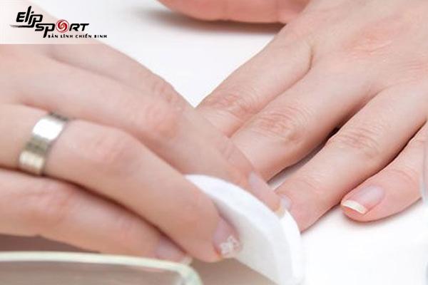 Sơn móng tay có hại không? Có gây ung thư không?