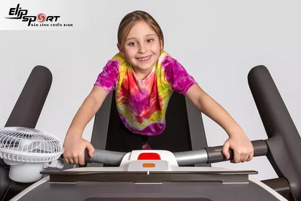 Những điều cần lưu ý khi cho trẻ em sử dụng máy chạy bộ