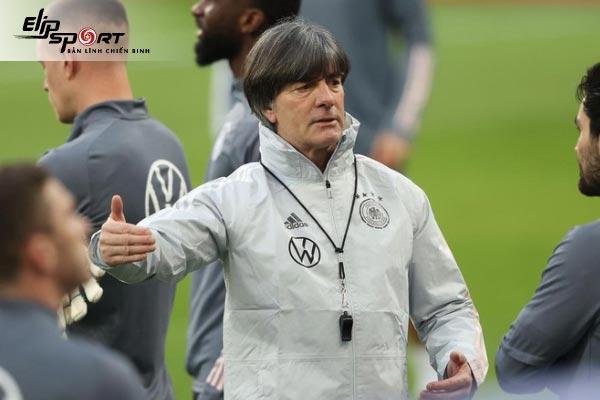 top huấn luyện viên bóng đá