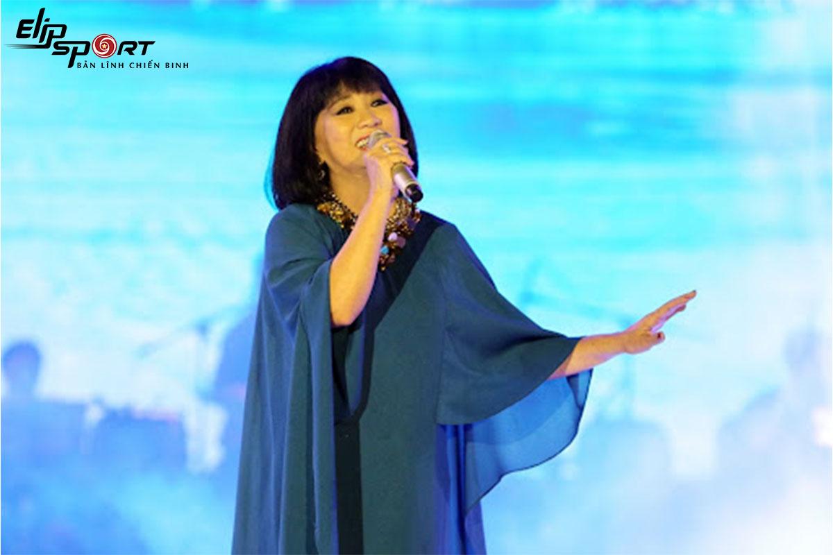 Diva Cẩm Vân: Phòng tập thể thao cực chất bên trong biệt thự triệu đô