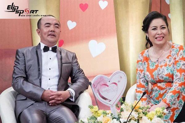Đạo diễn Quốc Thuận chia sẻ kinh nghiệm chăm sóc sức tại nhà