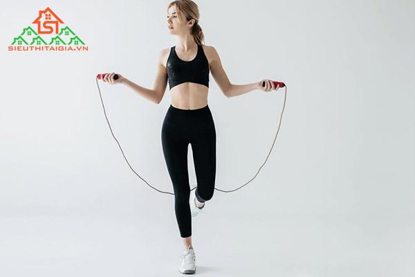 Nhảy dây có giảm mỡ bụng không? Hướng dẫn cách nhảy dây đúng