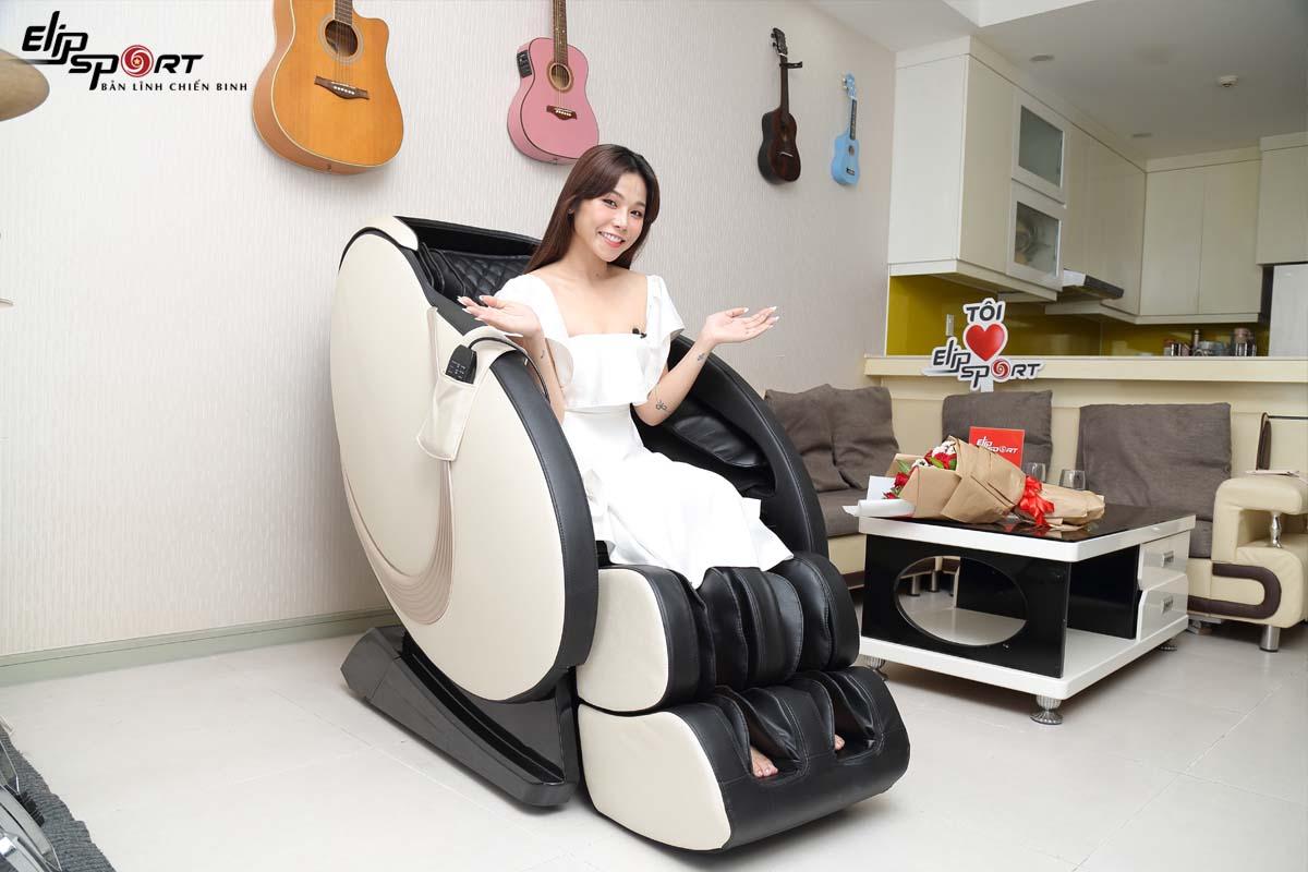 Trương Thảo Nhi giảm đau nhức thần kinh toạ từ ghế massage