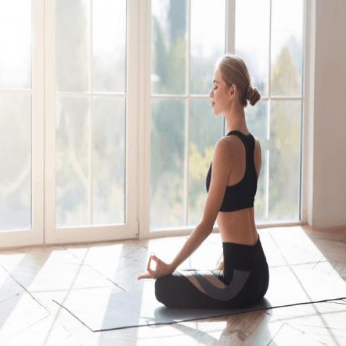 Hỏi Đáp: Ngồi Kiết Già Khi Thiền Nên Thực Hiện Như Nào?