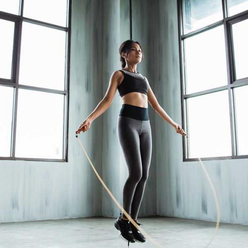 Nhảy dây có tác dụng gì cho nữ và nam? Nhảy dây có cao không?