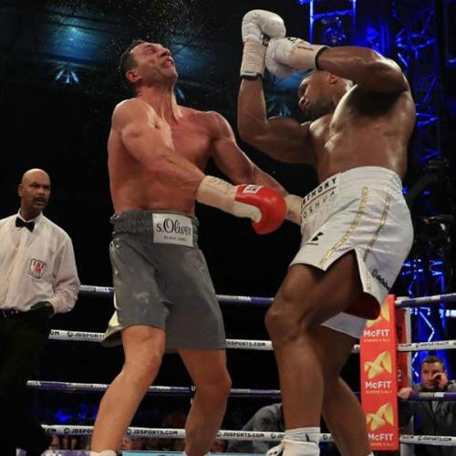 Huyền thoại boxing thế giới cùng những trận đấu vang danh