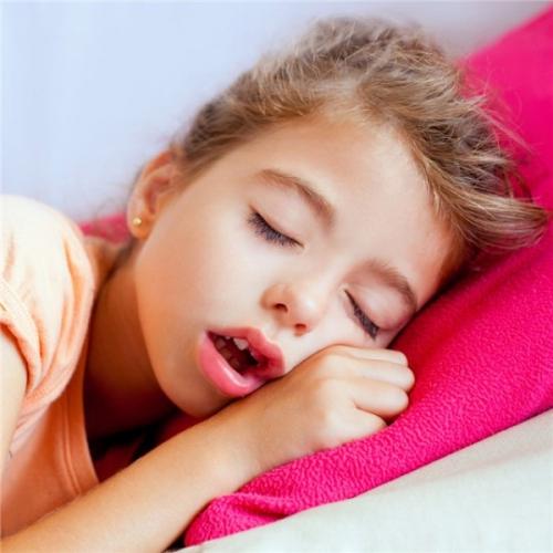 Tại sao lại có hiện tượng chảy dãi khi ngủ?