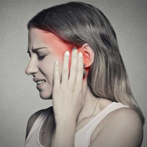 Lỗ tai bị nghẹt - Xử lý tình trạng này như thế nào?