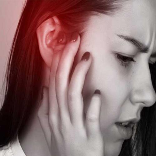 Lỗ tai chảy máu: Nguyên nhân và cách điều trị bệnh