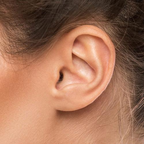 Ráy tai là gì? Ráy tai có tác dụng gì để bảo vệ tai?