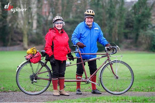 đạp xe đạp trên không