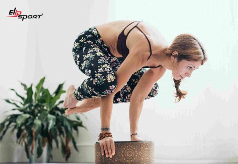 bí quyết tập yoga với vòng
