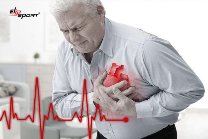 tim đập nhanh khi nằm