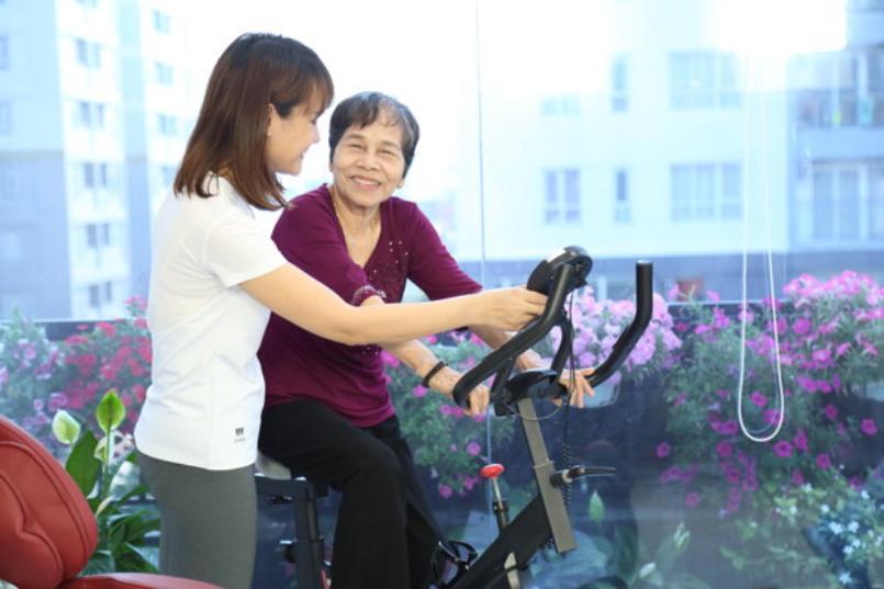 Xe đạp tập Elipsport